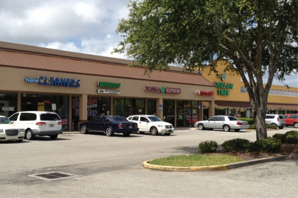 Prime Realty Represents Buyer of Baymeadows Festival Shopping Center