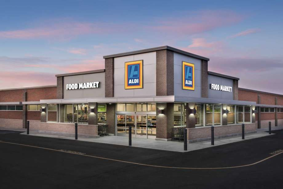 Aldi plans to open 900 stores